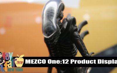 Mezco One:12 Product Display