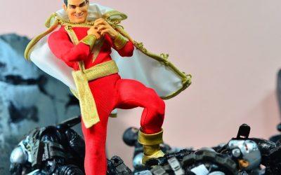 Mezco One:12 Collective Shazam! (Captain Marvel) Review